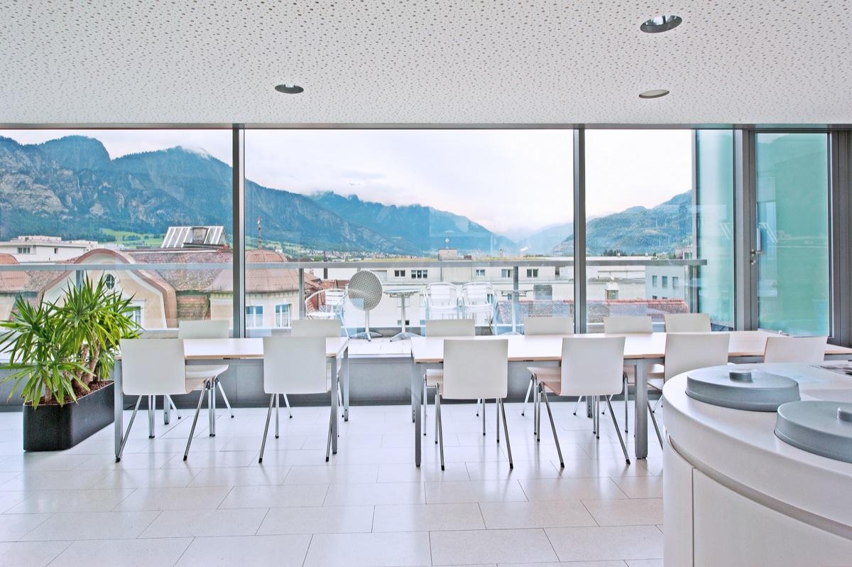 Ihr neues Büro in Landquart? Mieten Sie attraktive Gewerberäume im ...